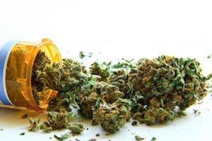 La nueva regulación del mercado de la marihuana en Uruguay y su entrega en farmacias para uso con fines recreativos: ¿está en consonancia con la reducción del daño y la salud pública?